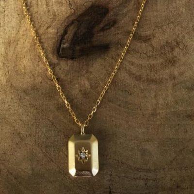 la-petite-plagiste-collier-court-lingot-plaqué-or