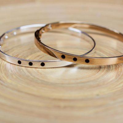 la-petite-plagiste-collection-Ibiza-bracelets-jonc-dote-coloris